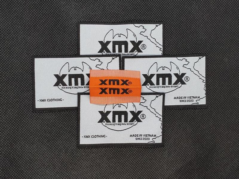 Bộ mác dệt gắn cổ áo và mác dệt kẹp sườn XMX