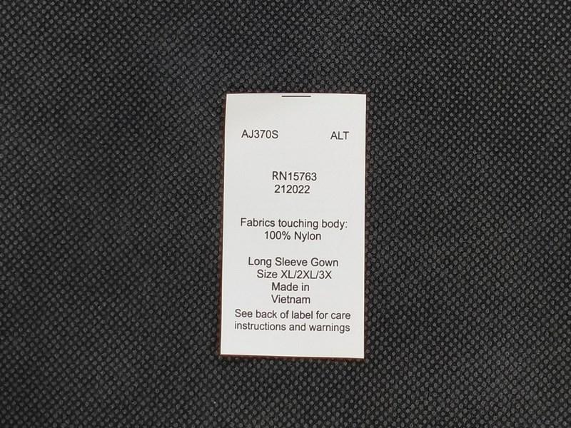 Mác vải giấy thường làm kích thước to, thiết kế may một đầu