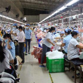 Ngành công nghiệp dệt may, da giày Việt Nam trong bối cảnh Covid -19